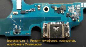 Samsung j600 (J6 2018) вид области разъёма зарядки (сторона А)