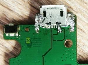 Lenovo A7600-H так выглядел разъём устройства на плате, когда попал к нам